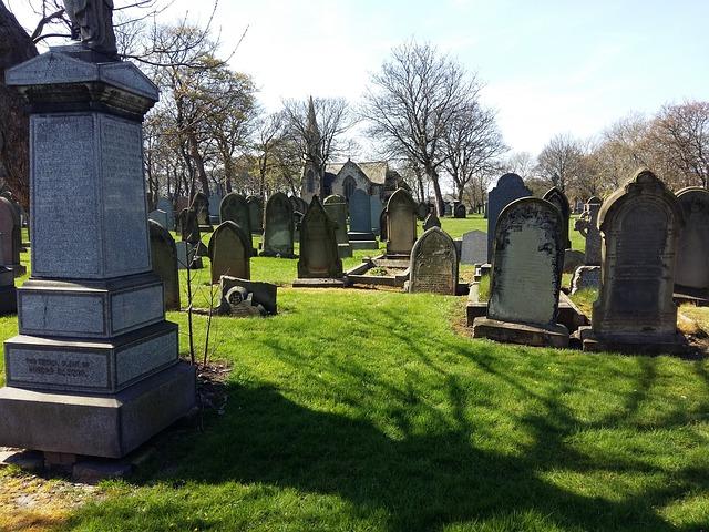 Tradiciones de entierro diferentes